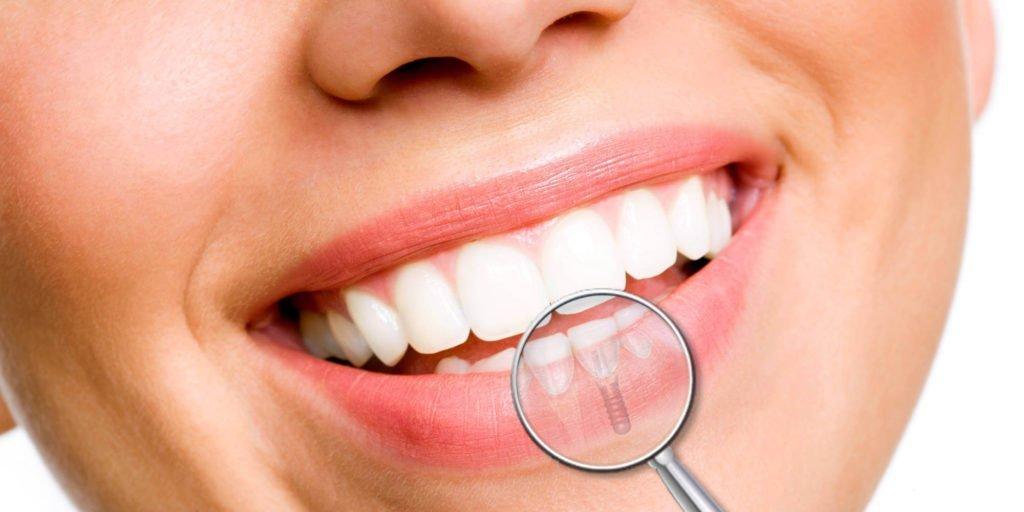 牙科诊所marco squicciarini也在周六在罗马市中心开放